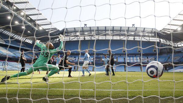 İngiltere Premier Lig'de liderManchester City, 26. haftada ağırladığıWest Ham United'ı 2-1 mağlup edip, ligde üst üste 14. toplamda 20. galibiyetini aldı - Sputnik Türkiye