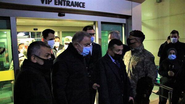 Milli Savunma Bakanı Akar Elazığ'da - Sputnik Türkiye