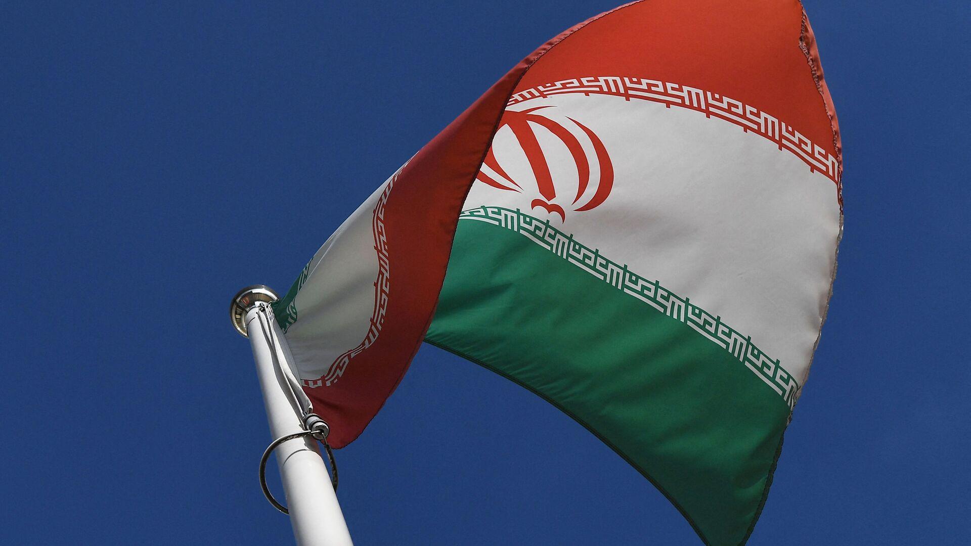 İran bayrağı  - Sputnik Türkiye, 1920, 15.05.2021