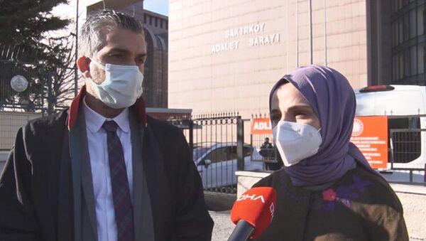 Diş hekimi Tuğba Taşkın Öztürk ve avukatı Reha Öztürk - Sputnik Türkiye