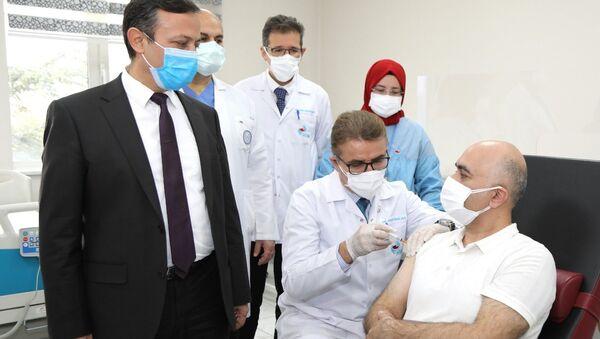 Yerli koronavirüs aşısı, Faz-2'nin ikinci doz uygulaması - Sputnik Türkiye