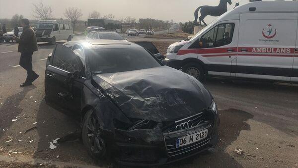 Akşener'in konvoyunda kaza: 4 kişi yaralandı - Sputnik Türkiye