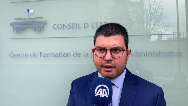 Fransa'da namaz kılması 'radikalleşme' ile ilişkilendirilerek işinden edilen şoför adalet arıyor (avukatı Sefen GuezGuez) - Sputnik Türkiye