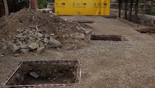 Eyüpsultan'da arkeolojik kazı: Kazıldıkça tarih çıkıyor - Sputnik Türkiye