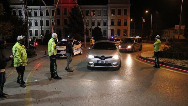 Bolu - sokağa çıkma kısıtlaması - denetim - Sputnik Türkiye