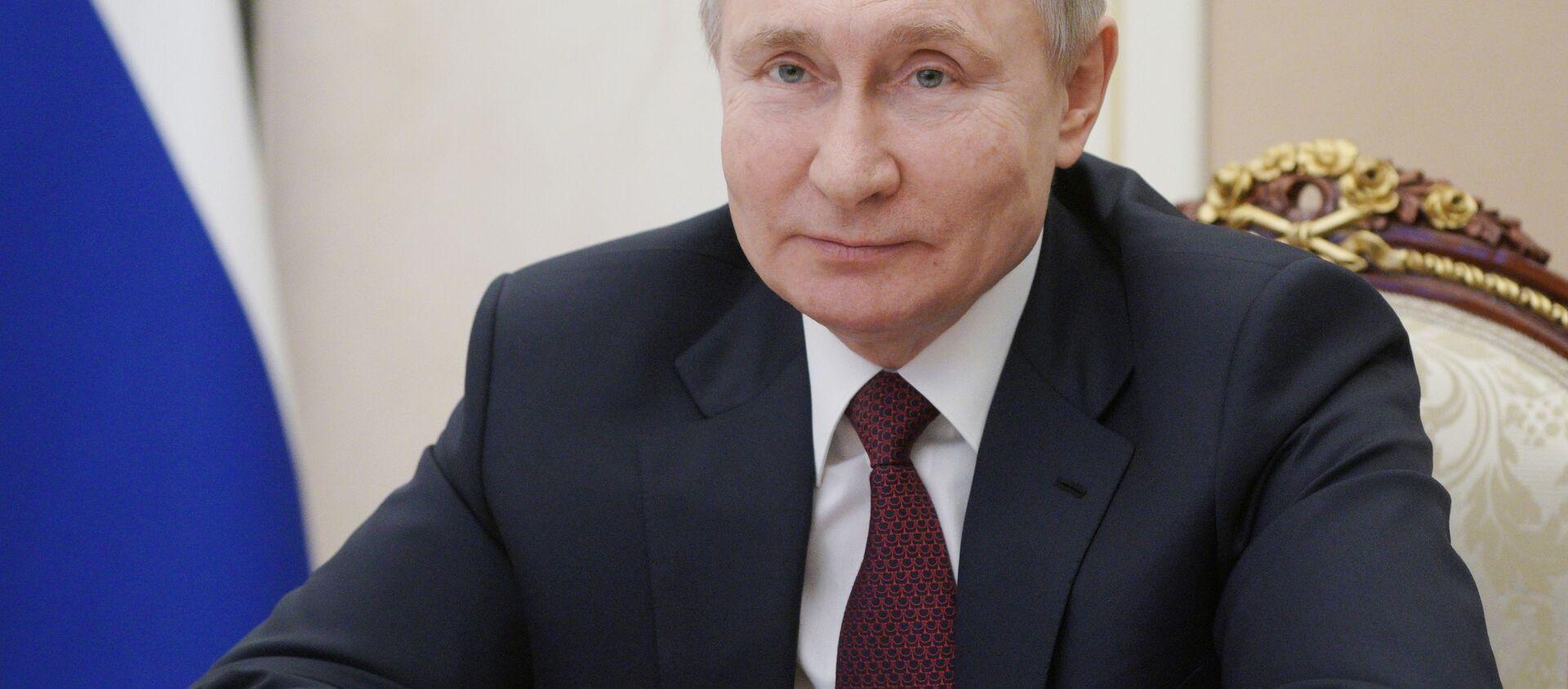 Vladimir Putin  - Sputnik Türkiye, 1920