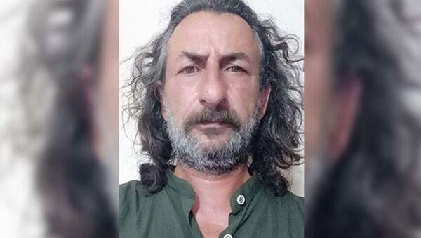 Balıkesir'de, 1996 yılında meydana gelen 'Susurluk kazası'ndaki kamyonun şoförüHasan Gökçe'nin bir dönem avukatlığını yapanİsmail Kavşut(62), evinde ölü bulundu - Sputnik Türkiye