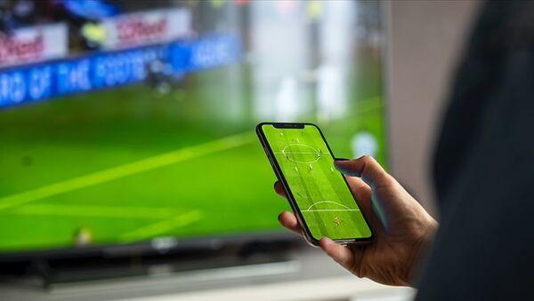 telefon, maç izleme, internet - Sputnik Türkiye