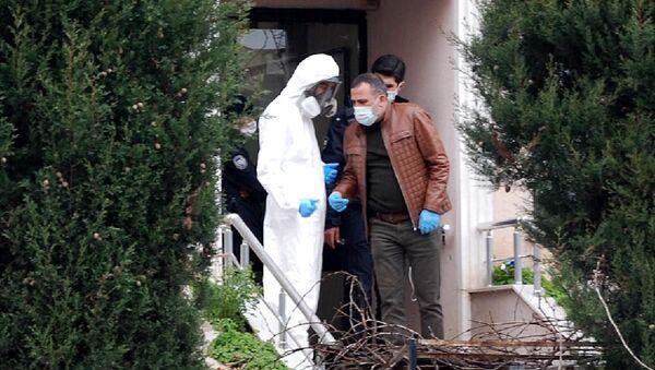 Tuzla'da folyoyla sarılan çuval içerisinde bir erkeğe ait cansız beden bulundu - Sputnik Türkiye