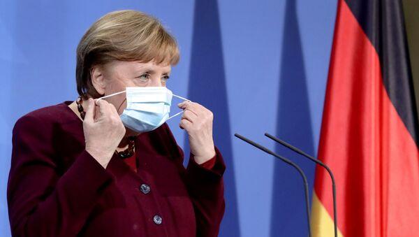 Almanya Başbakanı Angela Merkel, maske - Sputnik Türkiye