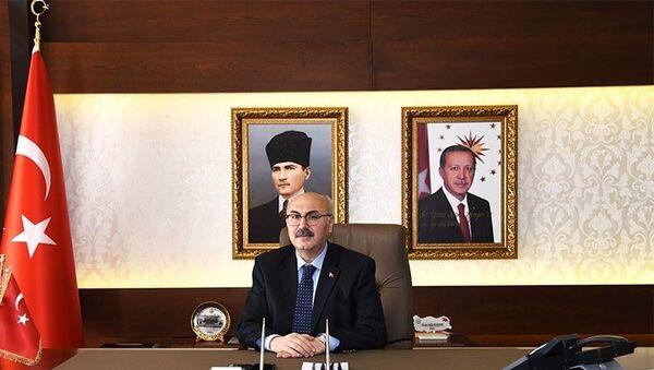 İzmir Valisi Yavuz Selim Köşger - Sputnik Türkiye