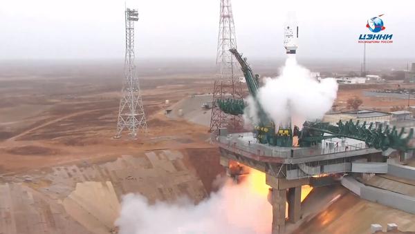 Rusya, 18 ülke için uzaya 38 uydu fırlattı - Sputnik Türkiye