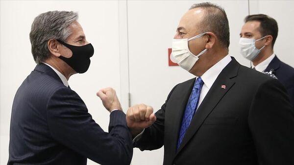 Antony Blinken-Mevlüt Çavuşoğlu NATO Dışişleri Bakanları toplantısında - Sputnik Türkiye