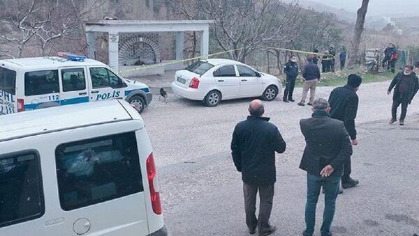 Okul müdürü havuzda ölü bulundu - Sputnik Türkiye