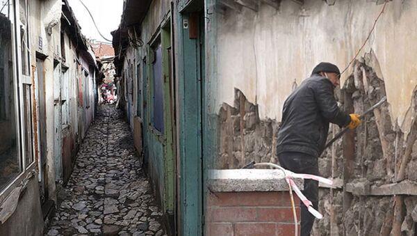 'dünyanın en dar sokağı' olarak tanıtılan Dikiciler Sokağı  - Sputnik Türkiye