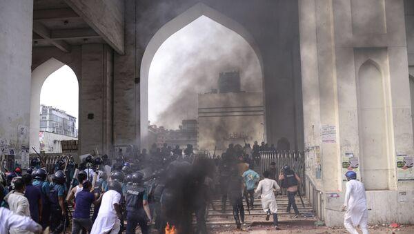 Bangladeş'te Hindistan Başbakanı Modi karşıtı protesto: 7 ölü - Sputnik Türkiye