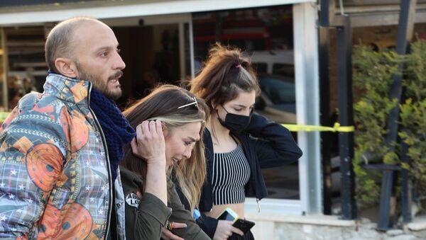 Husumetlisini korkutmak için ateş etti - Sputnik Türkiye