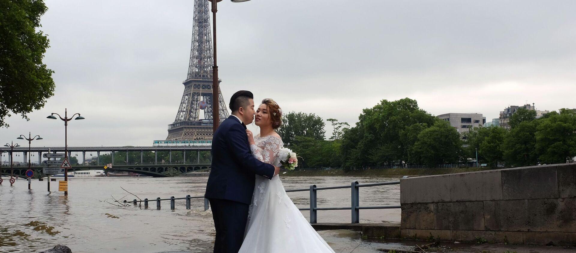 Fransa'da belediyedeki nikahlarda yabancı ülke bayraklarına yasak - Sputnik Türkiye, 1920, 02.04.2021