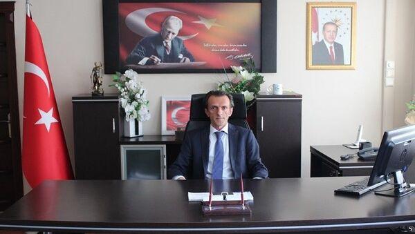 Aydın'ın Kuyucak ilçe Kaymakamı Yılmaz Kurt - Sputnik Türkiye