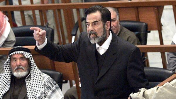 Saddam Hüseyin - duruşma - Sputnik Türkiye
