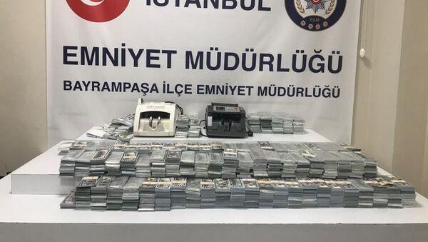 İstanbul'da 3 milyon 950 bin sahte dolar ele geçirildi - Sputnik Türkiye