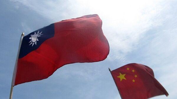 Çin'den, iki uçak gemisiyle Tayvan yakınlarında tatbikat - Sputnik Türkiye