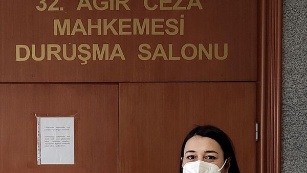 Gazeteci Melis Alphan - Sputnik Türkiye