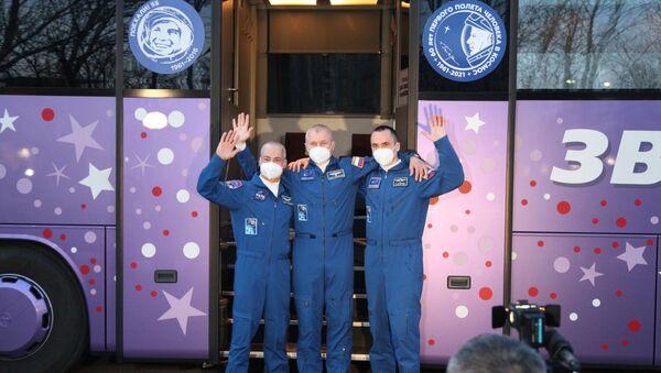 Soyuz ekibi, Gagarin'in ilk uçuşunun 60. yılı onuruna uzaya fırlatılacak - Sputnik Türkiye