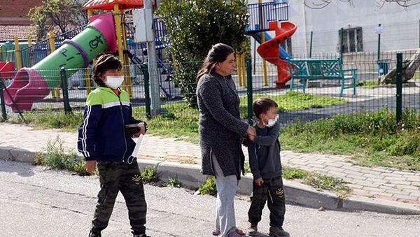 Çocukların gürültü yaptığı iddiasıyla parkta rastgele ateş açtı: 1 yaralı - Sputnik Türkiye