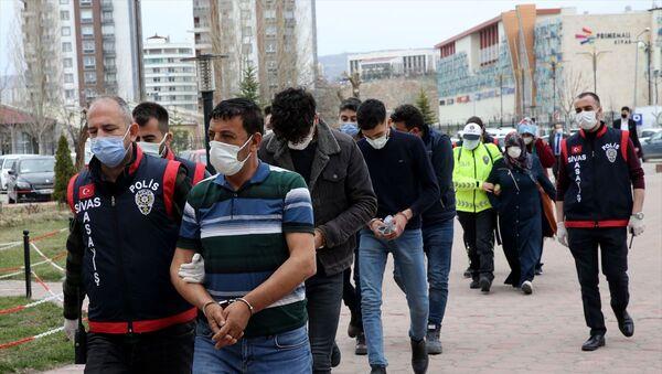 Sivas'ta hastane çalışanlarına saldıran şüpheliler - Sputnik Türkiye