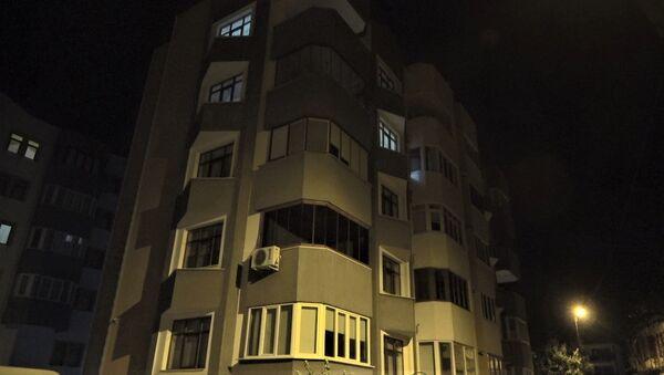 5 katlı apartman karantinaya alındı - Sputnik Türkiye