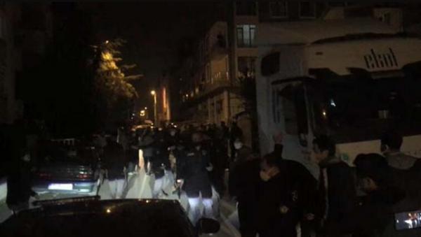 Bursa'da kısıtlama saatlerinde 100 kişilik kavga - Sputnik Türkiye