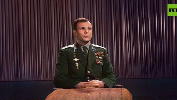 Uzaya çıkışın 1. yıl dönümünde Gagarin'in kutlama konuşması renklendirildi: ''Yaşasın barış'' - Sputnik Türkiye
