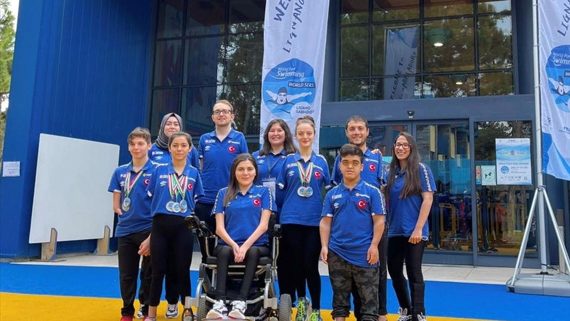 Paralimpik Yüzme Türk Milli Takımı, İtalya'da 14 madalya kazandı - Sputnik Türkiye, 1920, 24.08.2021