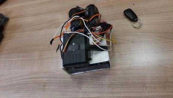 Hatay Valiliği: YPG tarafından sansasyonel eylemler için gönderilen patlayıcılar ele geçirildi - Sputnik Türkiye