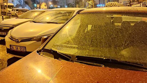 İstanbul'da çamur yağışı, toz taşınımı - Sputnik Türkiye