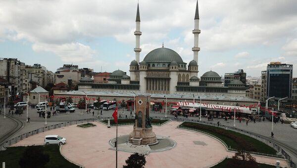 Taksim'de yapımı devam eden cami - Sputnik Türkiye