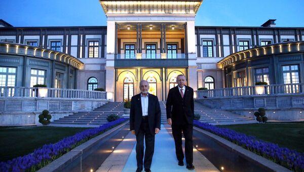 Cumhurbaşkanı Erdoğan ile Oğuzhan Asiltürk bir araya geldi - Sputnik Türkiye