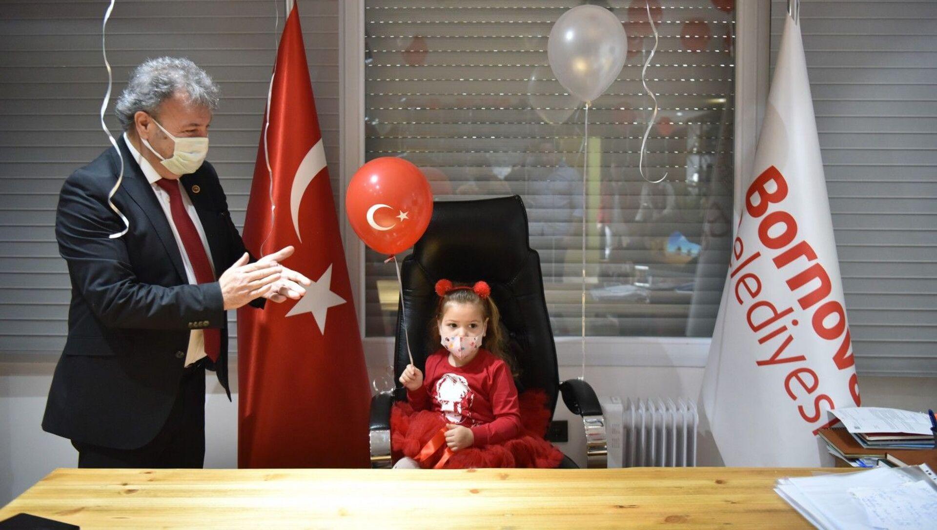 Ayda Gezgin - Sputnik Türkiye, 1920, 23.04.2021