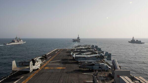 ABD ve İran gemileri uzun bir aradan sonra Basra Körfezi'nde yeniden karşı karşıya  - Sputnik Türkiye