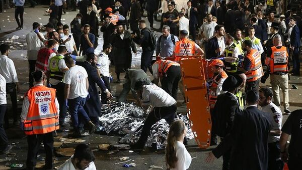 İsrail'de ultra Ortodoks Yahudilerin Safed kentindeki Meron Dağı'nda düzenlediği Lag B'Omer bayramı kutlamasında çıkan izdihamda onlarca kişi öldü. - Sputnik Türkiye