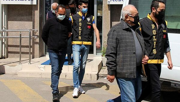 İzmir depreminde yıkılan yapılarla ilgili tutuklu sayısı 3'e yükseldi - Sputnik Türkiye