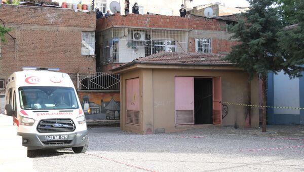41 gündür kayıp olan gencin cesedi okul bahçesinin trafosunda bulundu - Sputnik Türkiye