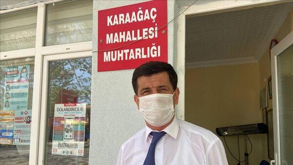 Karaağaç mahallesi muhtarı Agah Korkan - Sputnik Türkiye