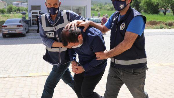 Kendini BM savcısı olarak tanıtan Halil Baki Çelen - Sputnik Türkiye