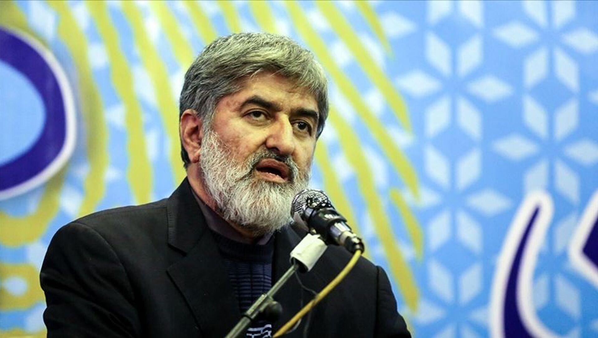 İran'da cumhurbaşkanı adaylarından Mutahhari, Trump'a suikast çağrısı yaptı - Sputnik Türkiye, 1920, 06.05.2021