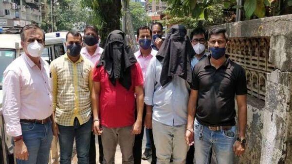Hindistan'ın Maharaştra eyaletinde polis, yasa dışı şekilde 7 kilogramuranyumsatmaya çalışan 2 kişiyi yakaladı - Sputnik Türkiye