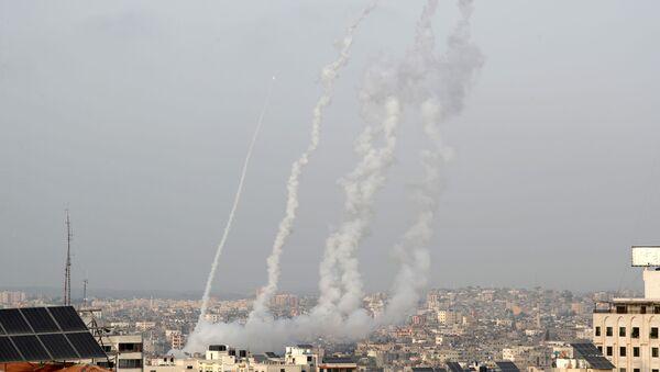 Hamas'ın ültimatomunun ardundan Gazze'den Batı Kudüs ve Beyt Şems'e atılan roketler - Sputnik Türkiye