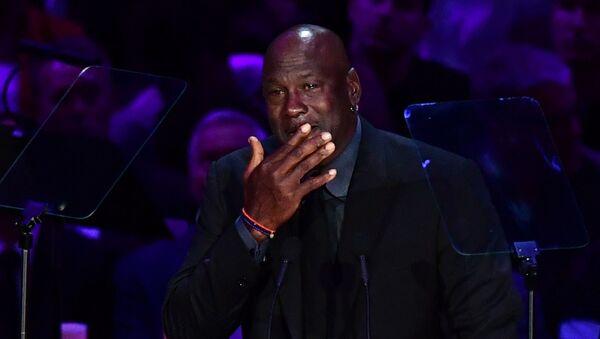 Michael Jordan, Kobe'nin kendisine attığı son mesajları paylaştı - Sputnik Türkiye