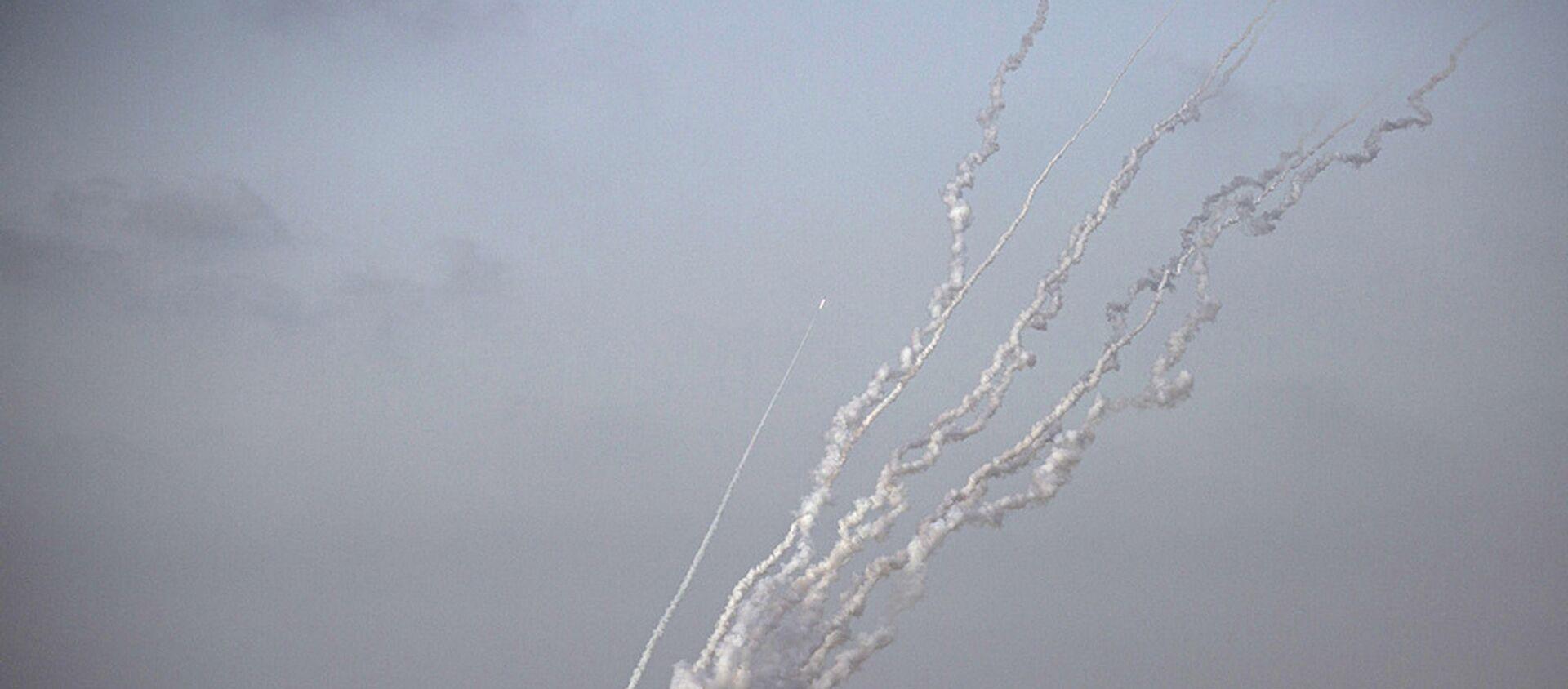 Hamas'tan roket saldırısı - Sputnik Türkiye, 1920, 12.05.2021